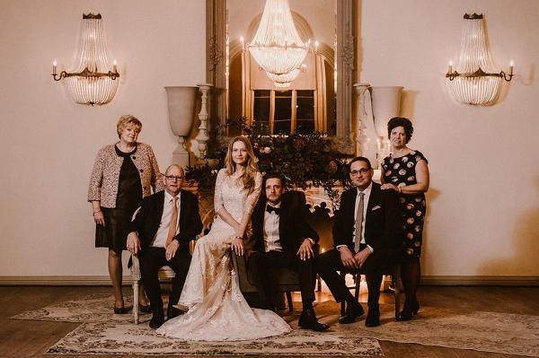 Bruidspaar en ouders Kasteel De Schaffelaar