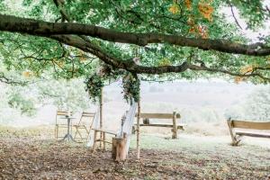 Trouwen in het bos (Posbank) - Karin van de Ven Trouwambtenaar