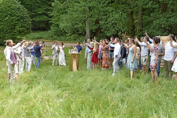 Trouwen-in-het-bos-toast